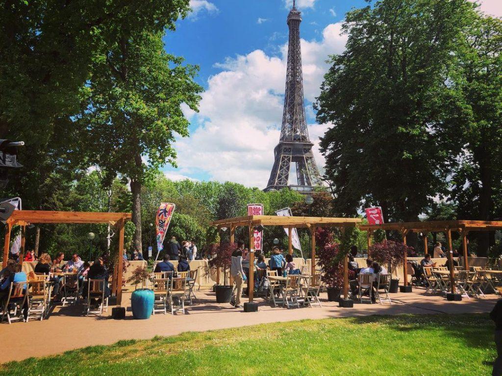 Hanami Paris Food court japonais éphémère terrasse Paris 2021 Tour Eiffel