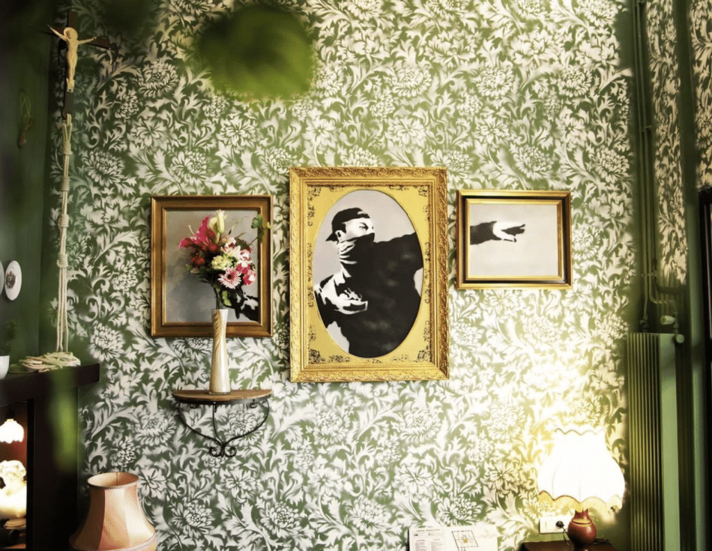 Walled Off Paris 9 Hôtel-Musée Banksy