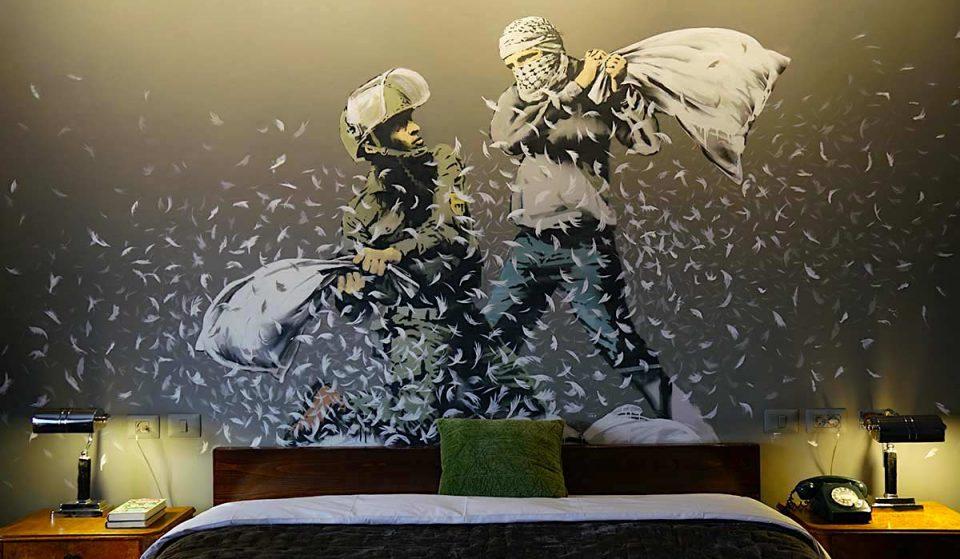 Walled Off Hôtel : une nuit dans l'Hôtel-Musée entièrement dédié à Banksy à Paris !