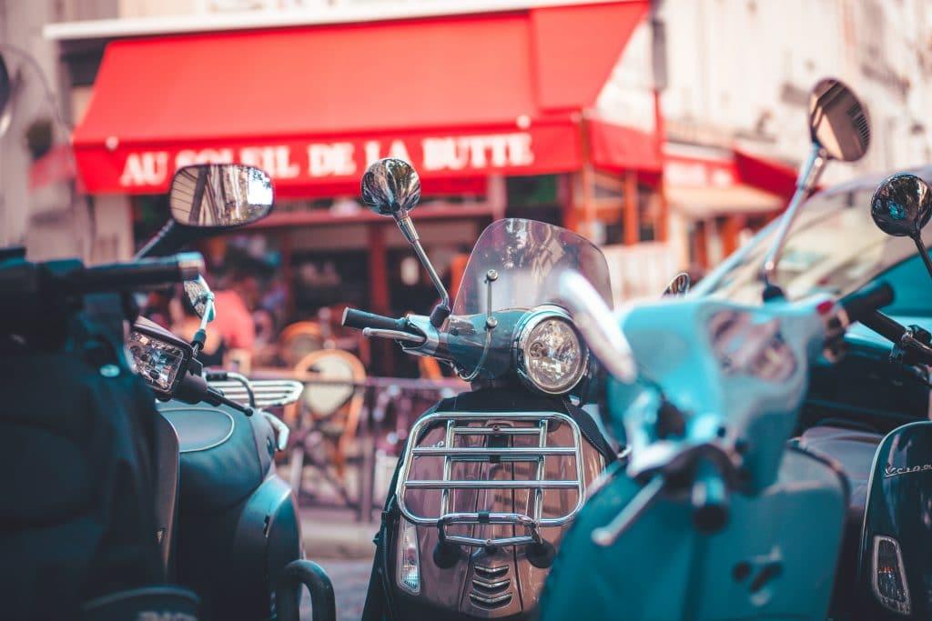 Stationnement payant scooters et motos Paris