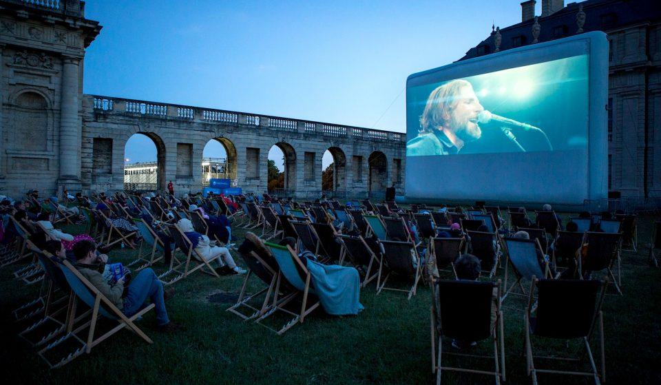 «Une toile sous les étoiles» : un cinéma en plein air GRATUIT cet été dans la cour d'Honneur du Château de Vincennes !