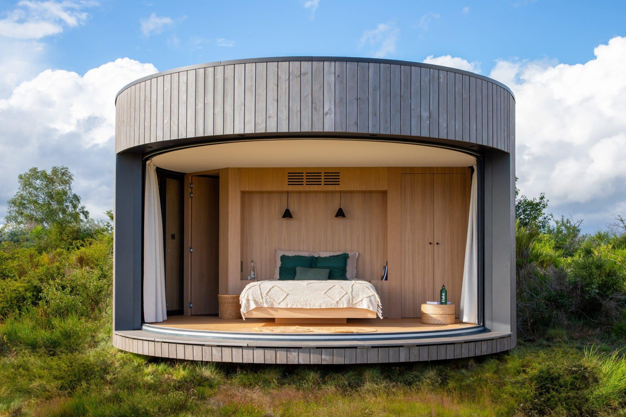 airbnb auvergne voyage location vacances volcan