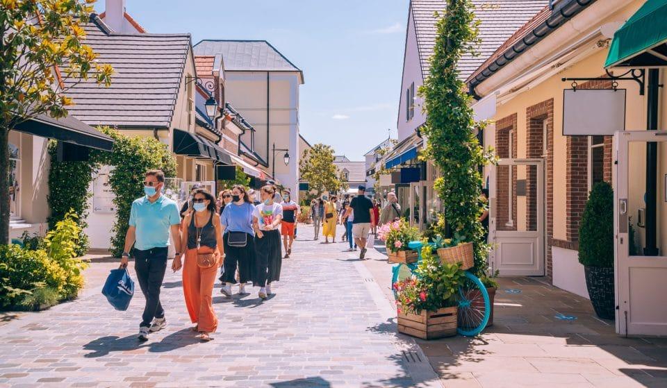 Shopping en plein air : l'été plein de surprises de La Vallée Village !