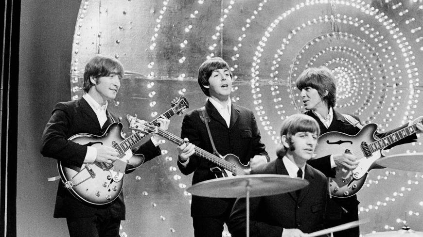 Candlelight Open Air : cet été un splendide concert à la bougie en hommage aux Beatles !