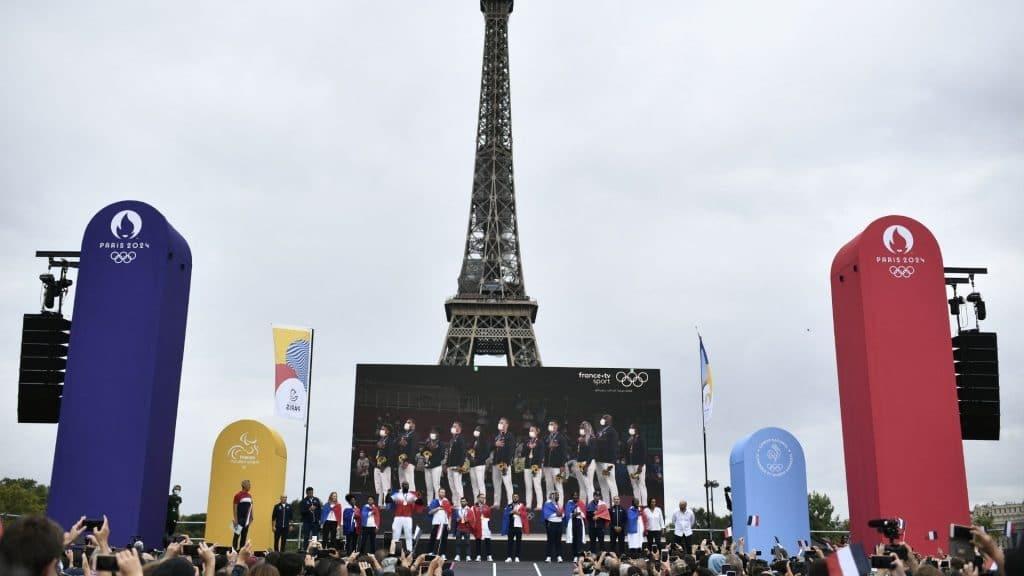 trocadéro paris jeux olympiques cérémonie tokyo cloture france