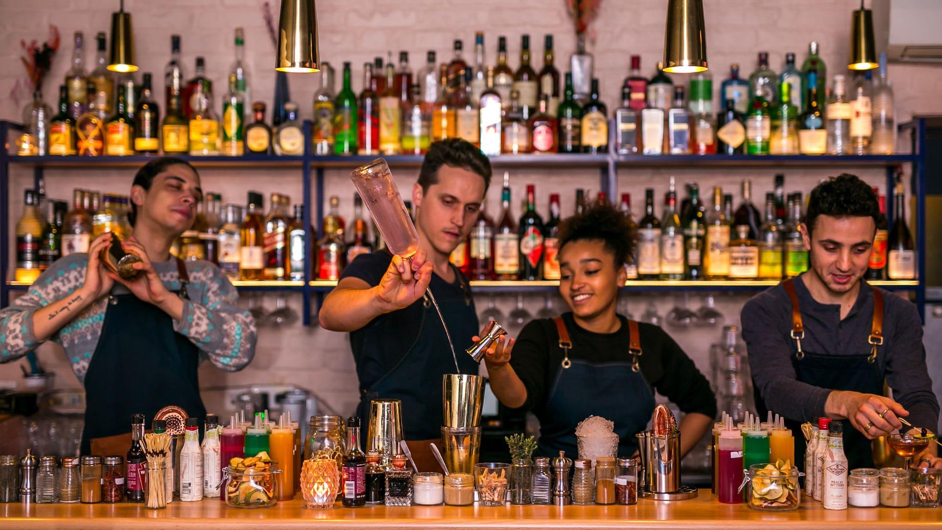 loutre bar paris cocktails haig club