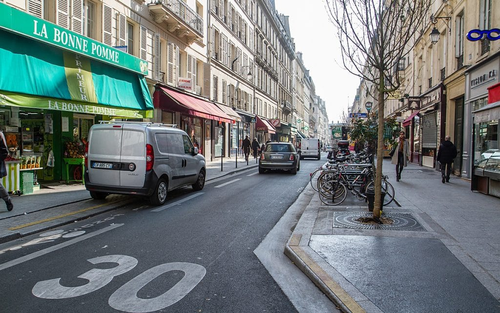 Paris vitesse 30 km/h