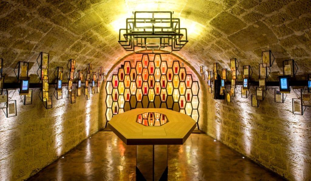 Nocturnes exceptionnelles Caves du Louvre visite dégustation vin champagne