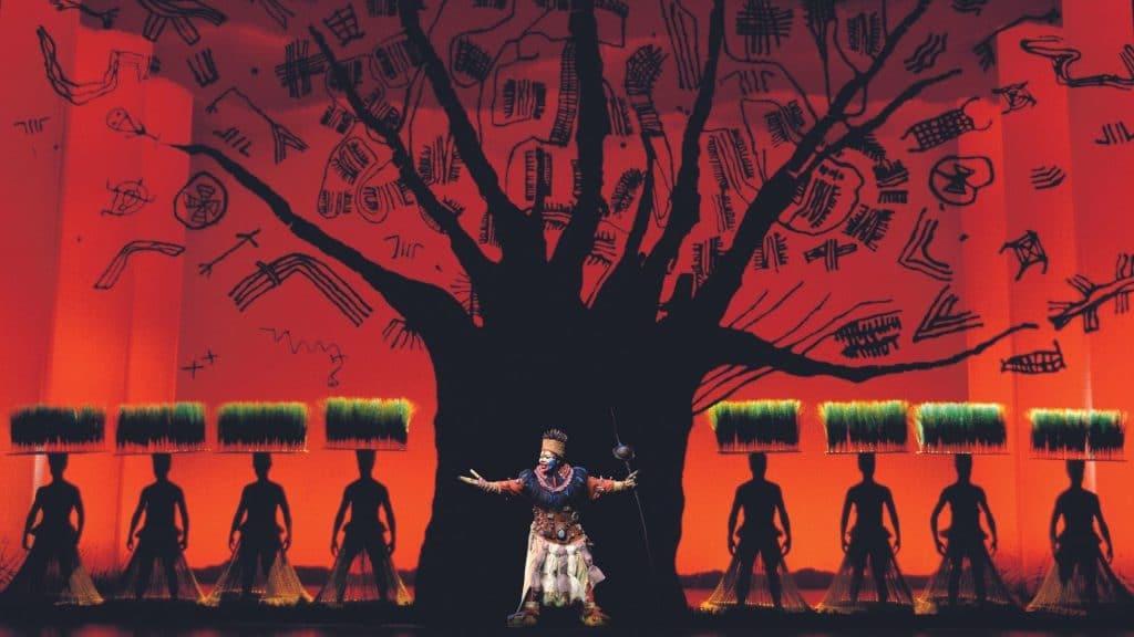 La comédie musicale événement Le Roi Lion est enfin de retour à Paris au Théâtre Mogador !