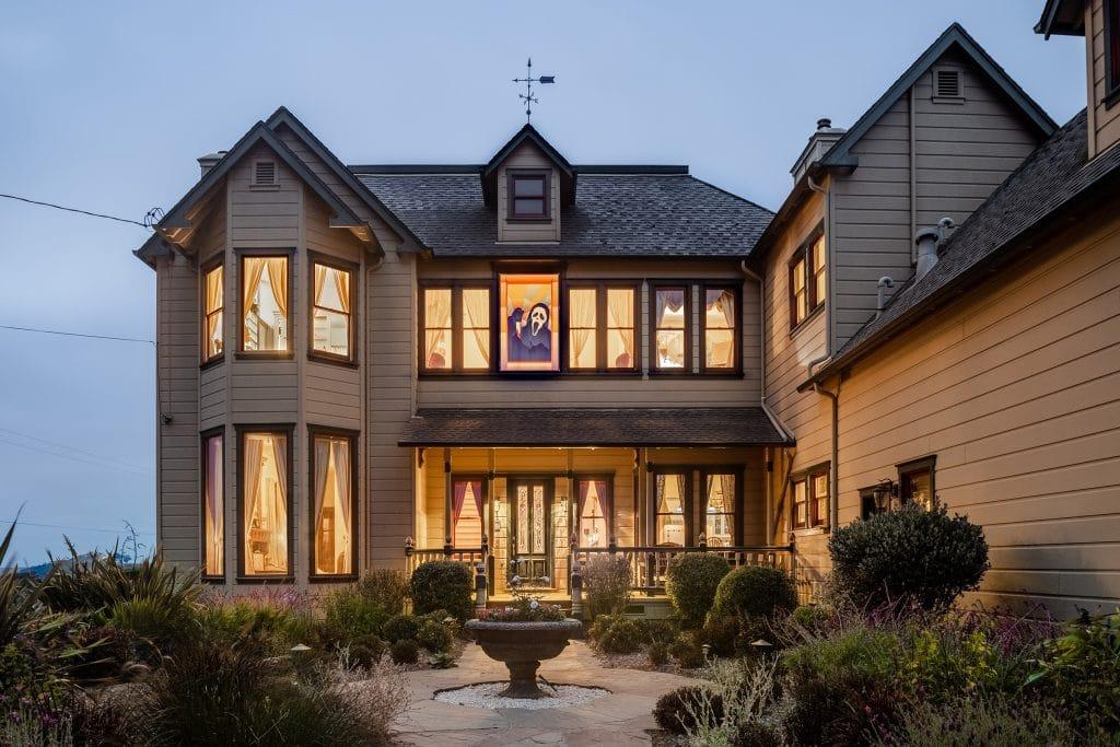 La maison du film d'horreur Scream est à louer sur Airbnb pour Halloween !