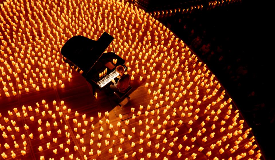 Candlelight met en lumière les hymnes de Coldplay à Paris !