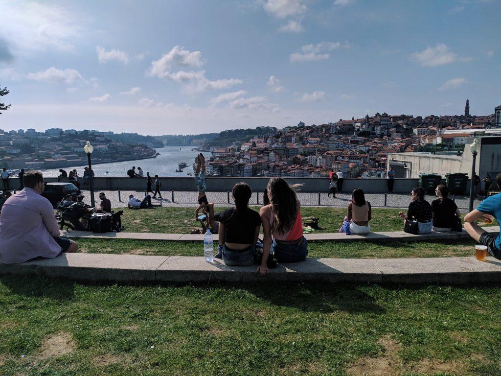 A app que te vai tirar de casa chegou ao Porto