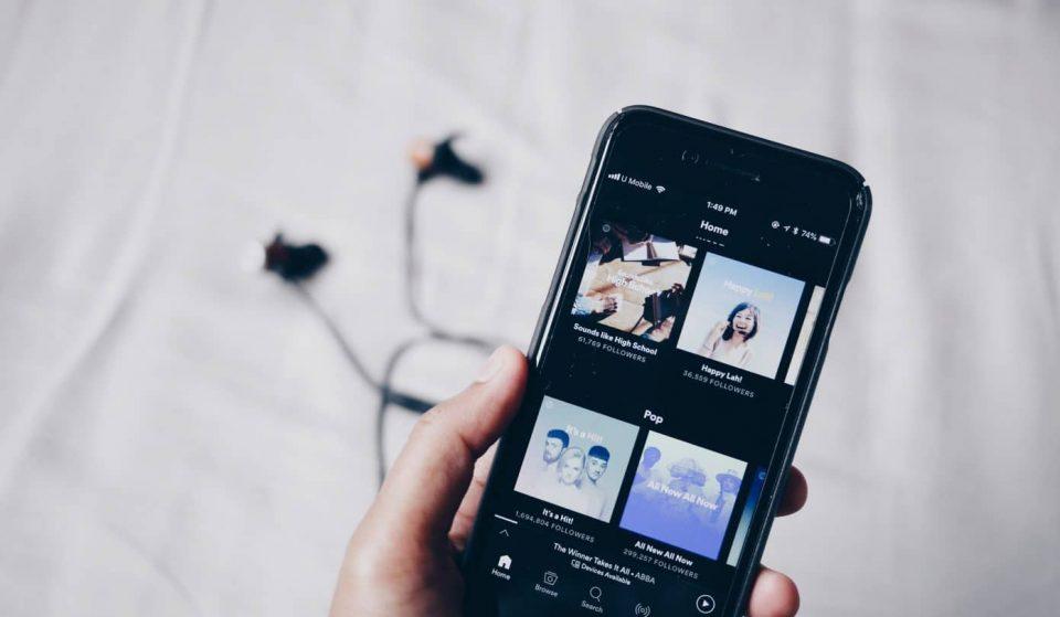 Playlists que te fazem companhia durante o isolamento