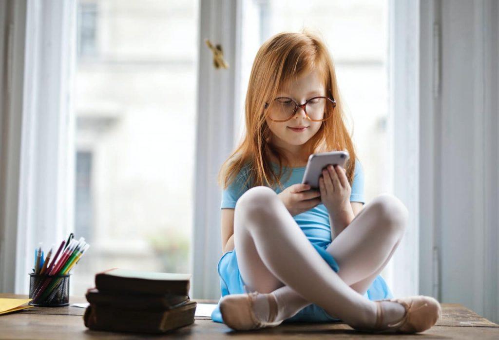 10 sites e apps pedagógicas para brincar online com as crianças
