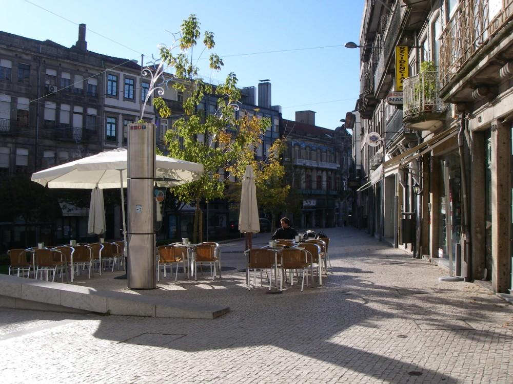 Mais espaço e mais seguro: as esplanadas do Porto vão crescer