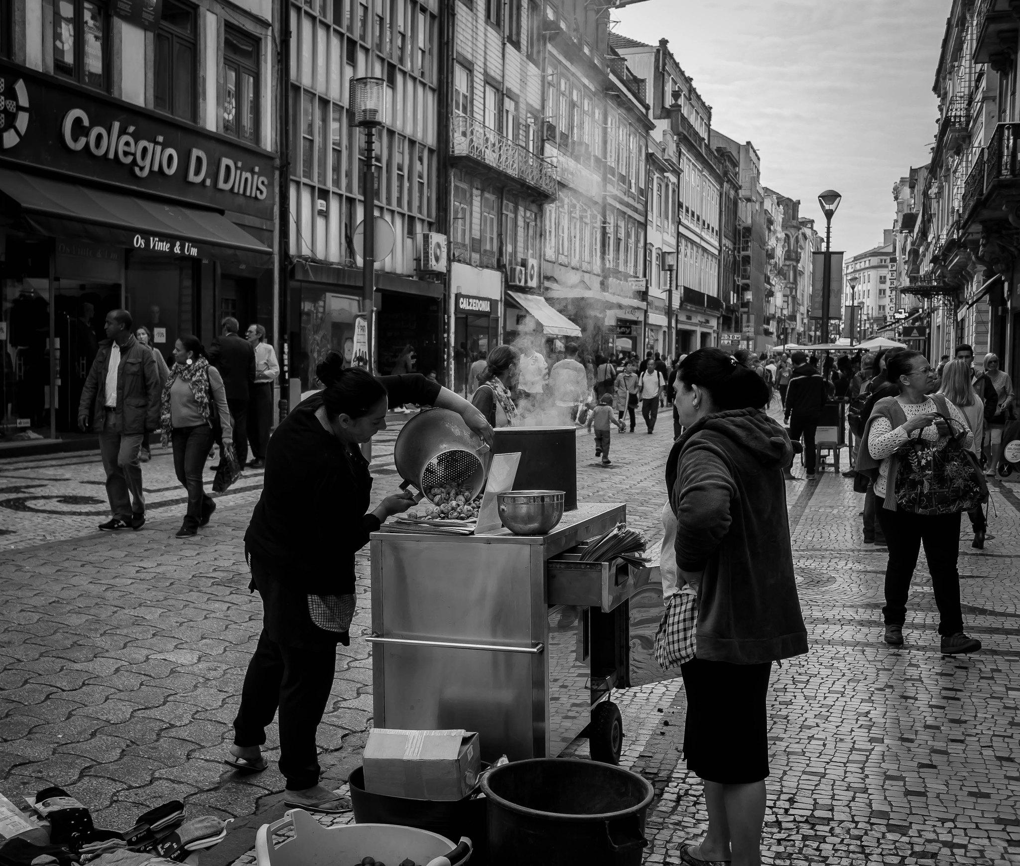 vendedores de castanhas na rua