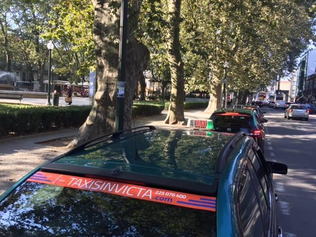 Município do Porto apoia o transporte em táxi para a vacinação contra a Covid-19