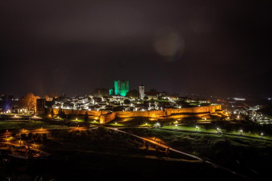Castelo de Bragança verde