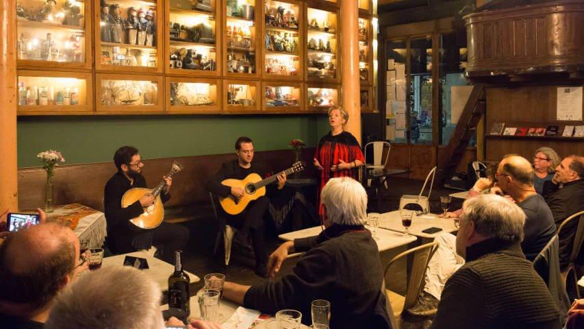 Ideal Clube de Fado, o local perfeito para sentires o Fado tradicional ao vivo
