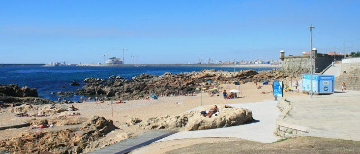 World Cleanup Day: dia 18 o Porto vai limpar a praia do Castelo do Queijo