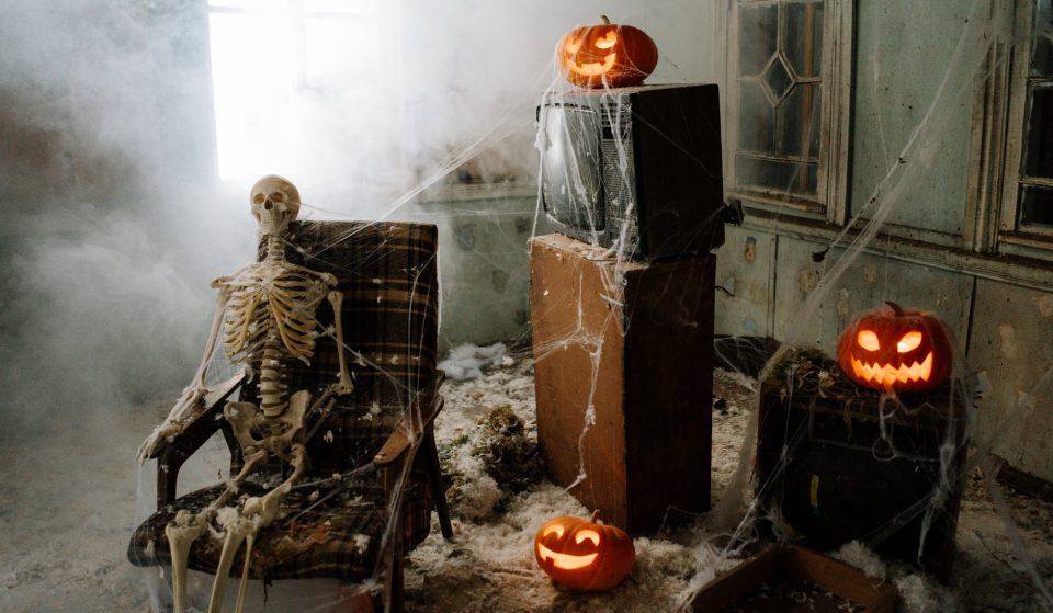 Le meilleur party d'Halloween cette année va être dans ton salon!