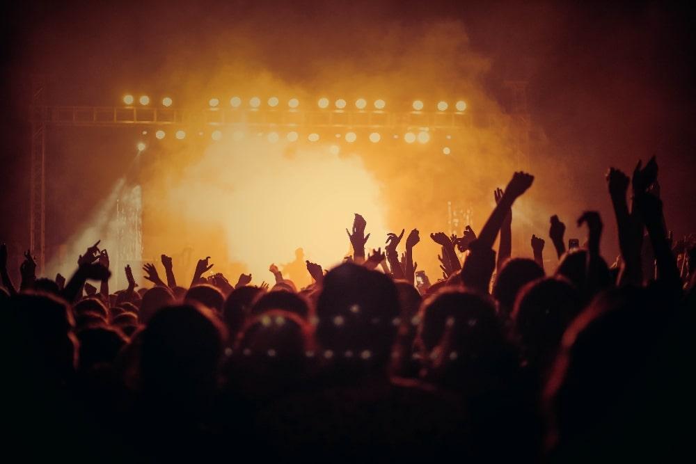 Ausgang Plaza tiendra une série de concerts virtuels qui commencera avec Maky Lavender