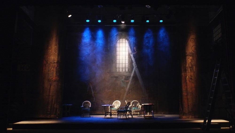 Les Hardings : le théâtre arrive dans votre salon grâce à Télé-Québec !