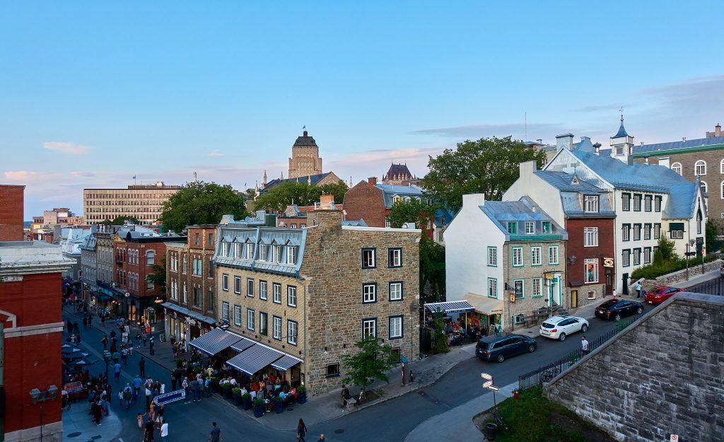 Les meilleures terrasses du Vieux-Québec à visiter quand il fait beau