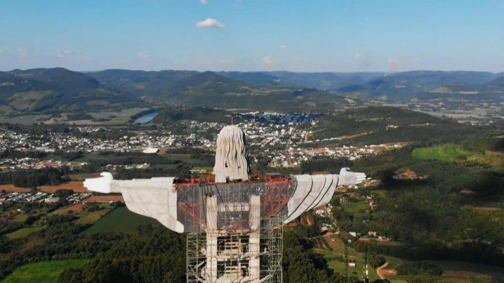 nova estátua do cristo rs