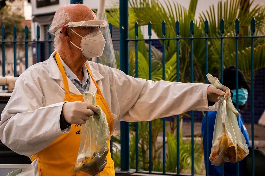 Padre Julio Lancellotti ação moradores de rua