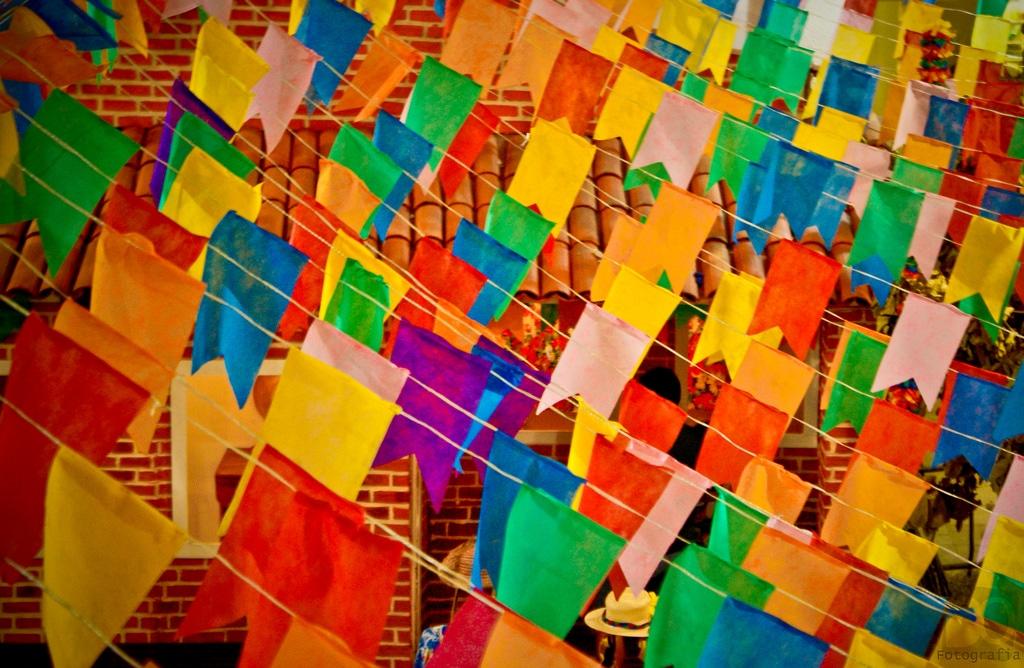 bandeirinhas festa junina em casa