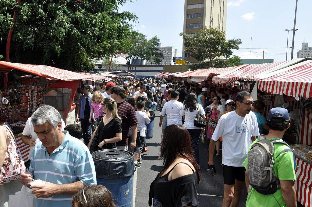 feira_da_liberdade_são_paulo_rua