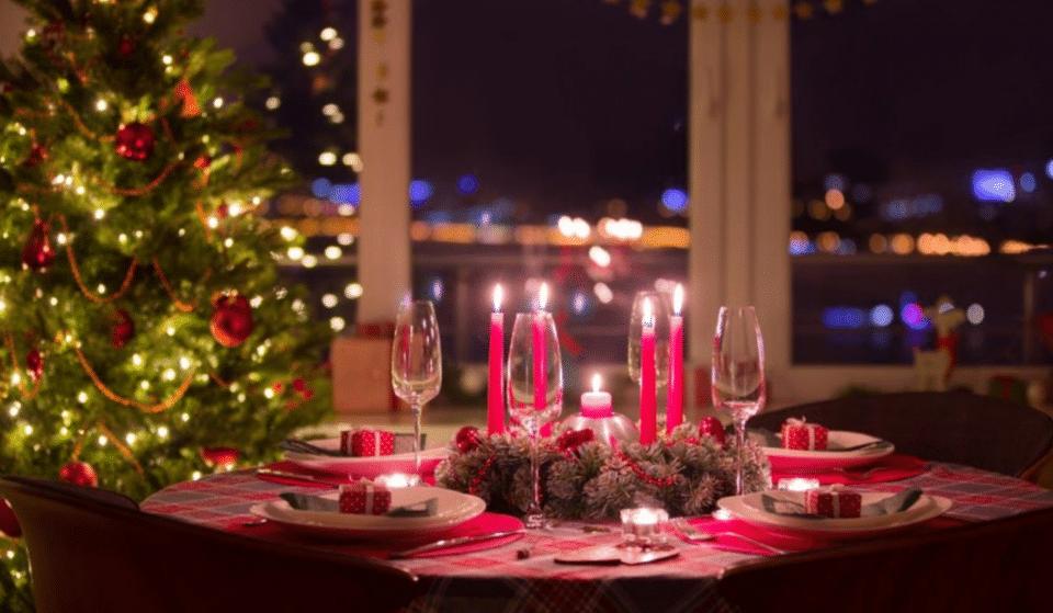 Desfrute de um Jantar de Natal às escuras, nesta experiência sensorial única