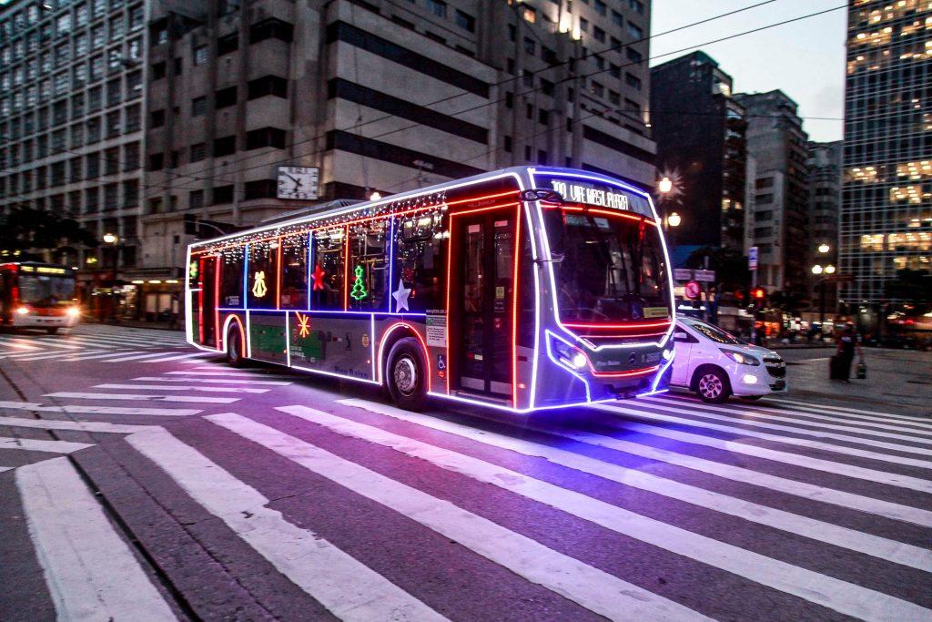 ônibus iluminados Natal sp
