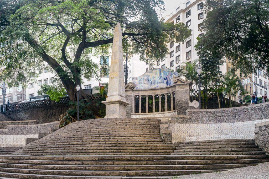 Largo da Memória e o monumento mais antigo de São Paulo