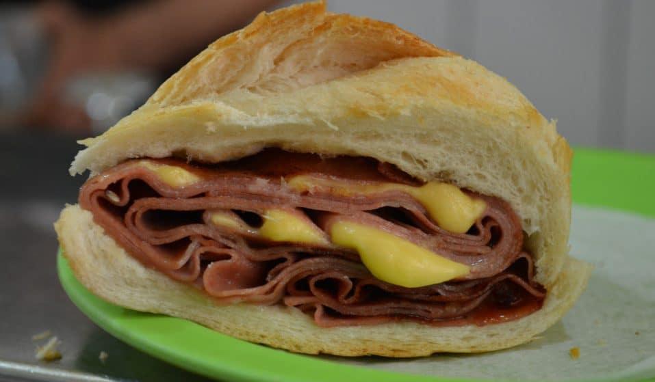 A Verdadeira Casa da Mortadela e o sanduíche mais perfumado da cidade