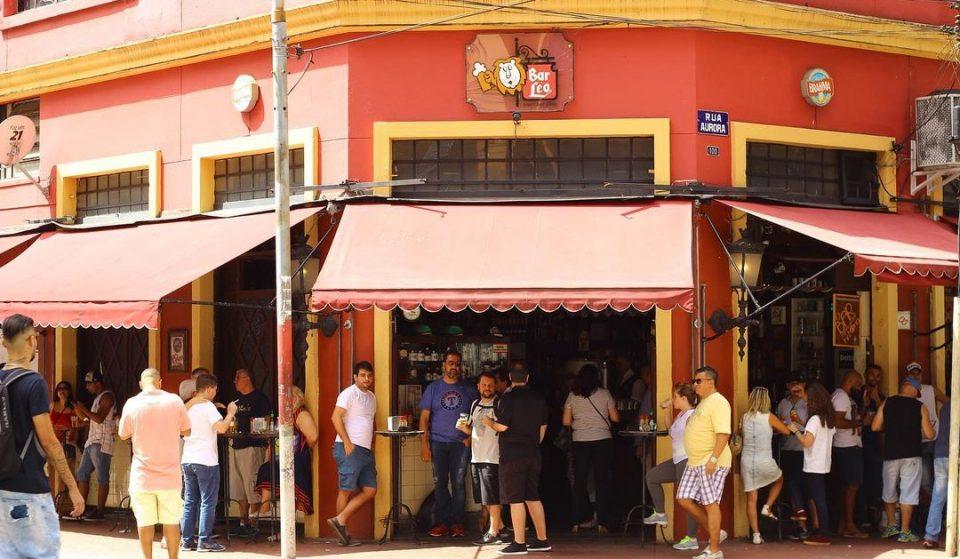 Bar Léo serve comidinhas alemãs e o melhor chopp da cidade