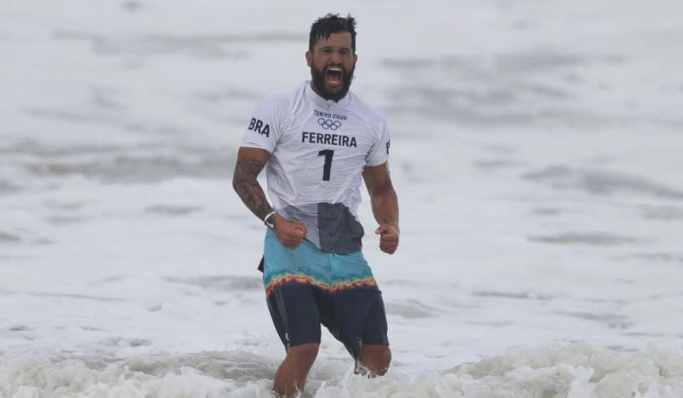 Primeira medalha de ouro da história do surfe nos Jogos Olímpicos é do BRASIL