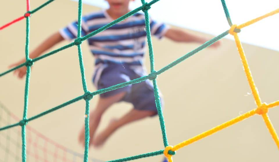 5 parques de trampolins para pular muito com a criançada