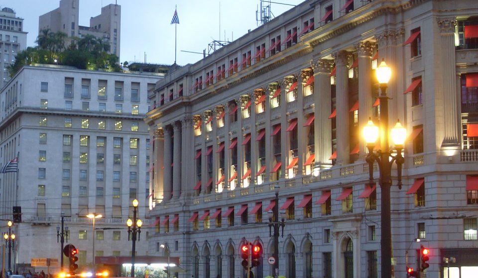 Shopping Light: faça compras em um patrimônio histórico