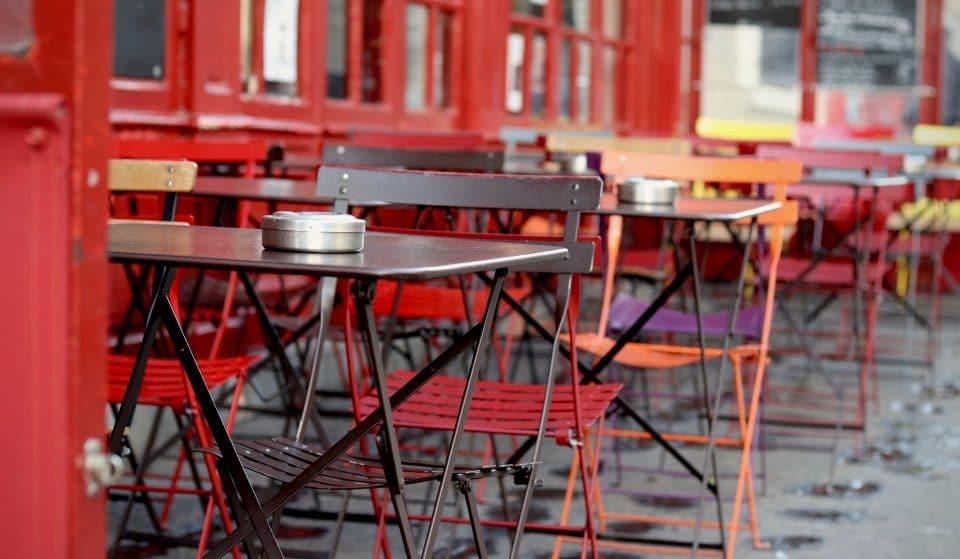 10 bares de SP com mesinhas nas calçadas