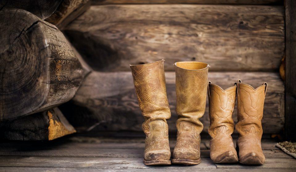 """No Dia Internacional da Música Country, saiba onde """"gastar a sola da bota"""" em SP"""