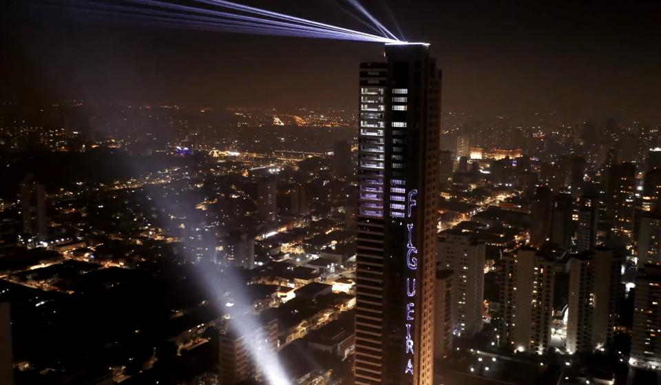 Tatuapé inaugura edifício residencial mais alto da cidade