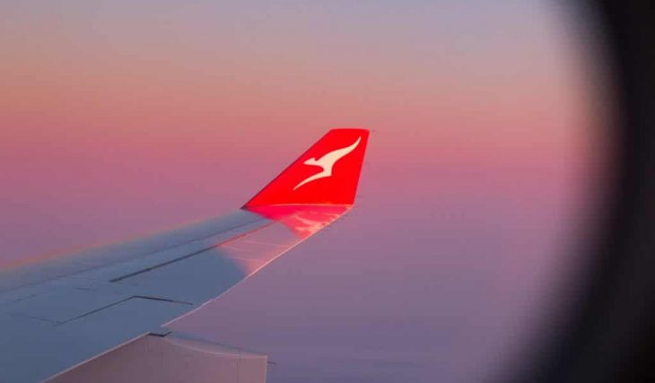 You Can Buy A Ticket To Get On A Flight Out Of Oz Right Now With Qantas And Hawaiian Airlines