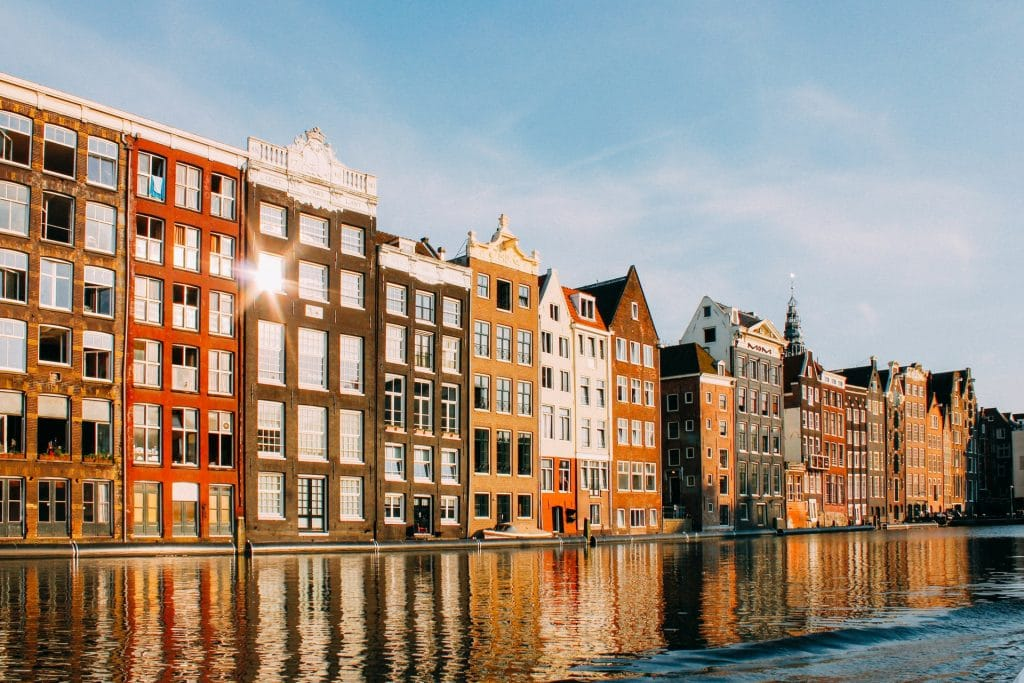 It Should Hit 21°C In Amsterdam This Weekend As Summer Approaches