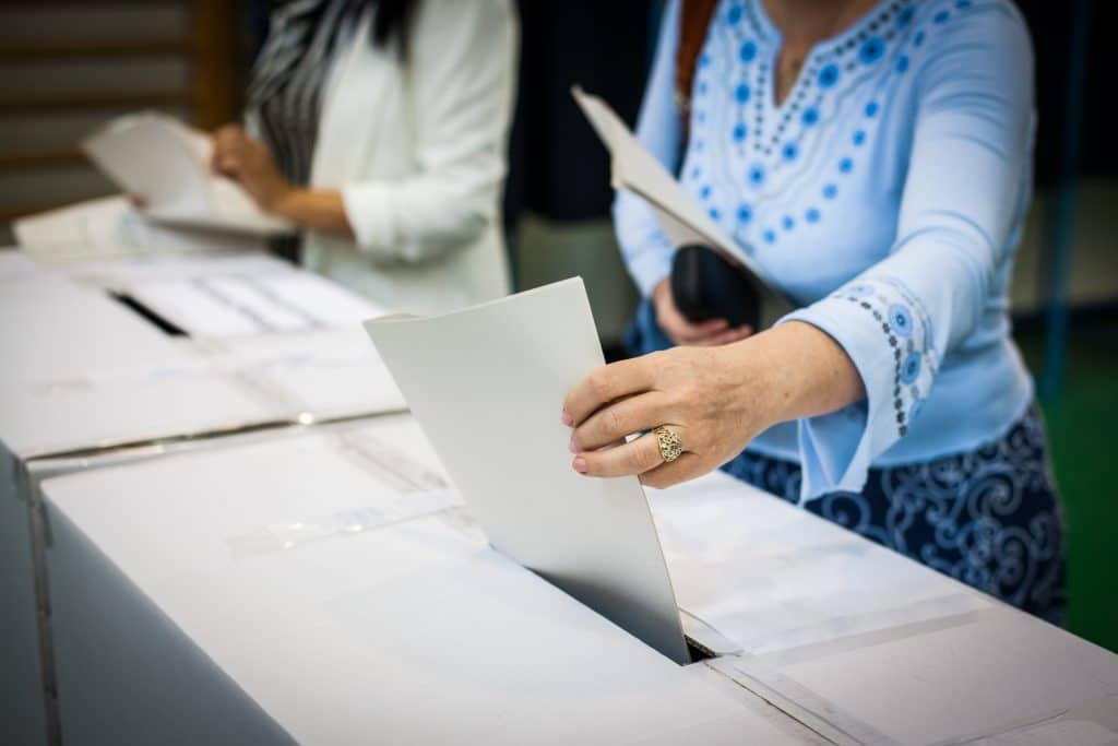 Georgia Smashes First Day Early Voting Record