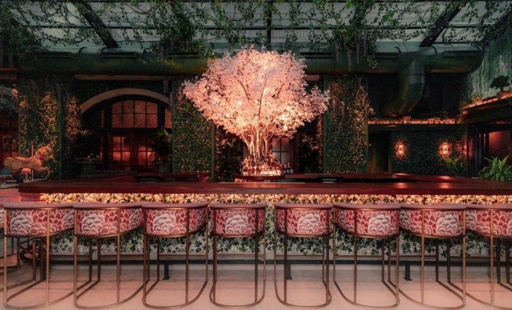 15 Unique Bar And Restaurant Experiences For A Fun Night In Atlanta