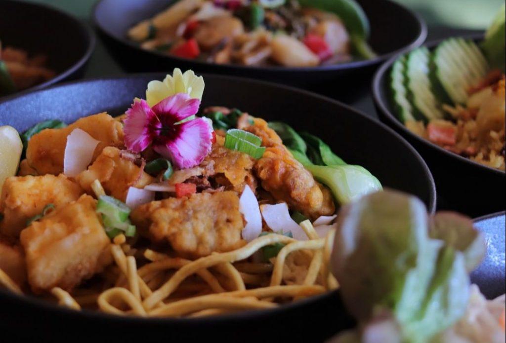 This Auckland Eatery Serves Up Delicious Vegan Thai Food • Khu Khu