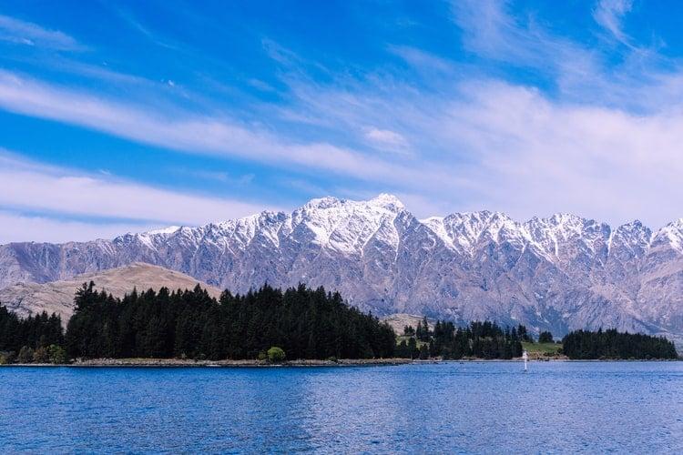 New Zealand Couple Gifts 900 Hectares Of Land Around Lake Wakatipu To Nation, Shunning Developers