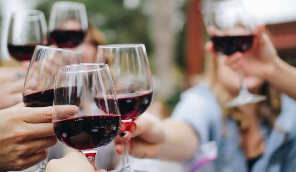 Spice Up Your Day With This Organic Wine Tasting Event With Indian Street Food Feeds